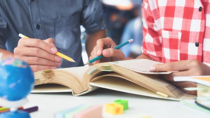 Prefeitura lança bolsa de estudos para alunos de ensino técnico e superior